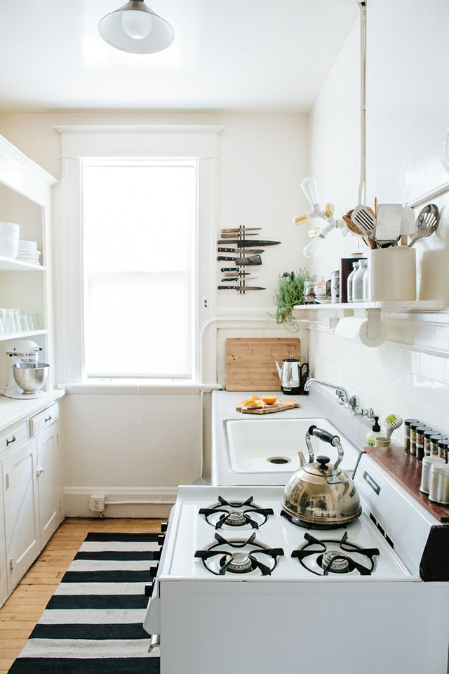 Kitchen black white green